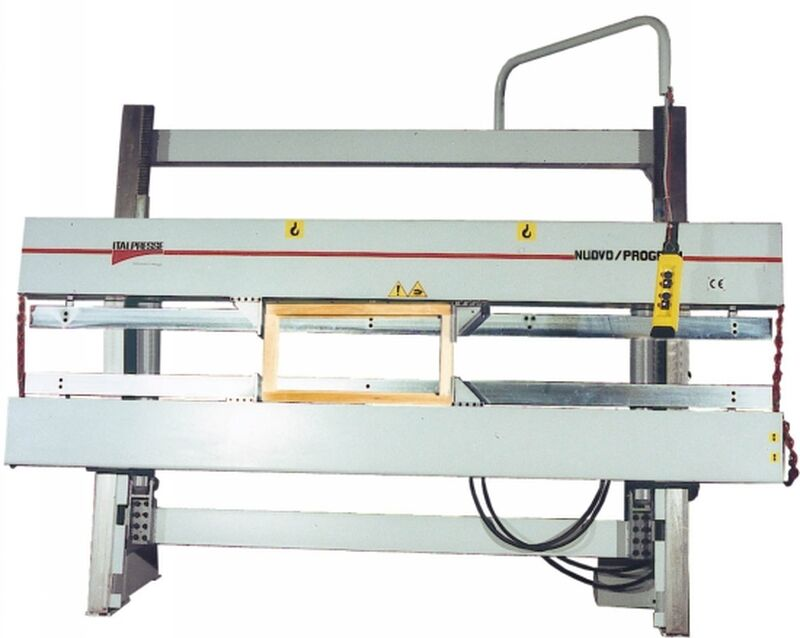 Italpresse Hydraulic Frame Clamp with Top Pressing Beam mod. NUOVO PROGRAM