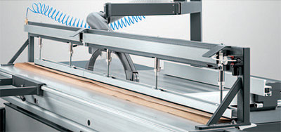 A photo of the Altendorf F45 pneumatic pressure beam